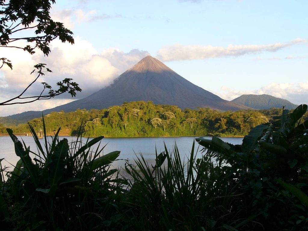 https://travelexpeditions.net/tour/yoga-basic-package-in-costa-rica/